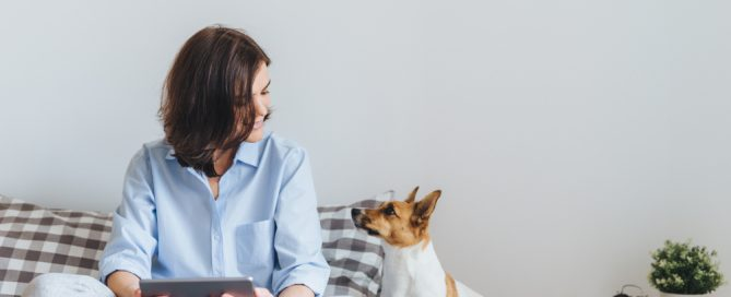 woman and dog breathing indoor air